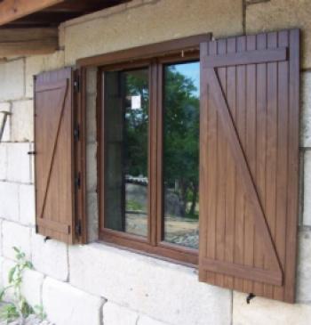 Ventanas r sticas ventanas r sticas for Ventanas de madera rusticas precio
